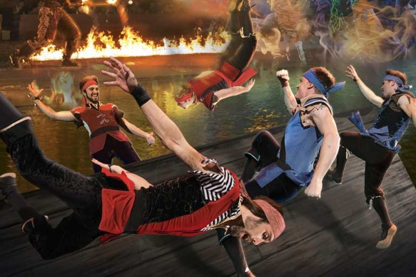 Spectacular acrobatic competition, Pirates Voyage® Dinner & Show
