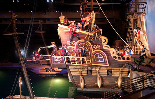 Life Size Pirate Ships At Pirates Voyage Dinner Show